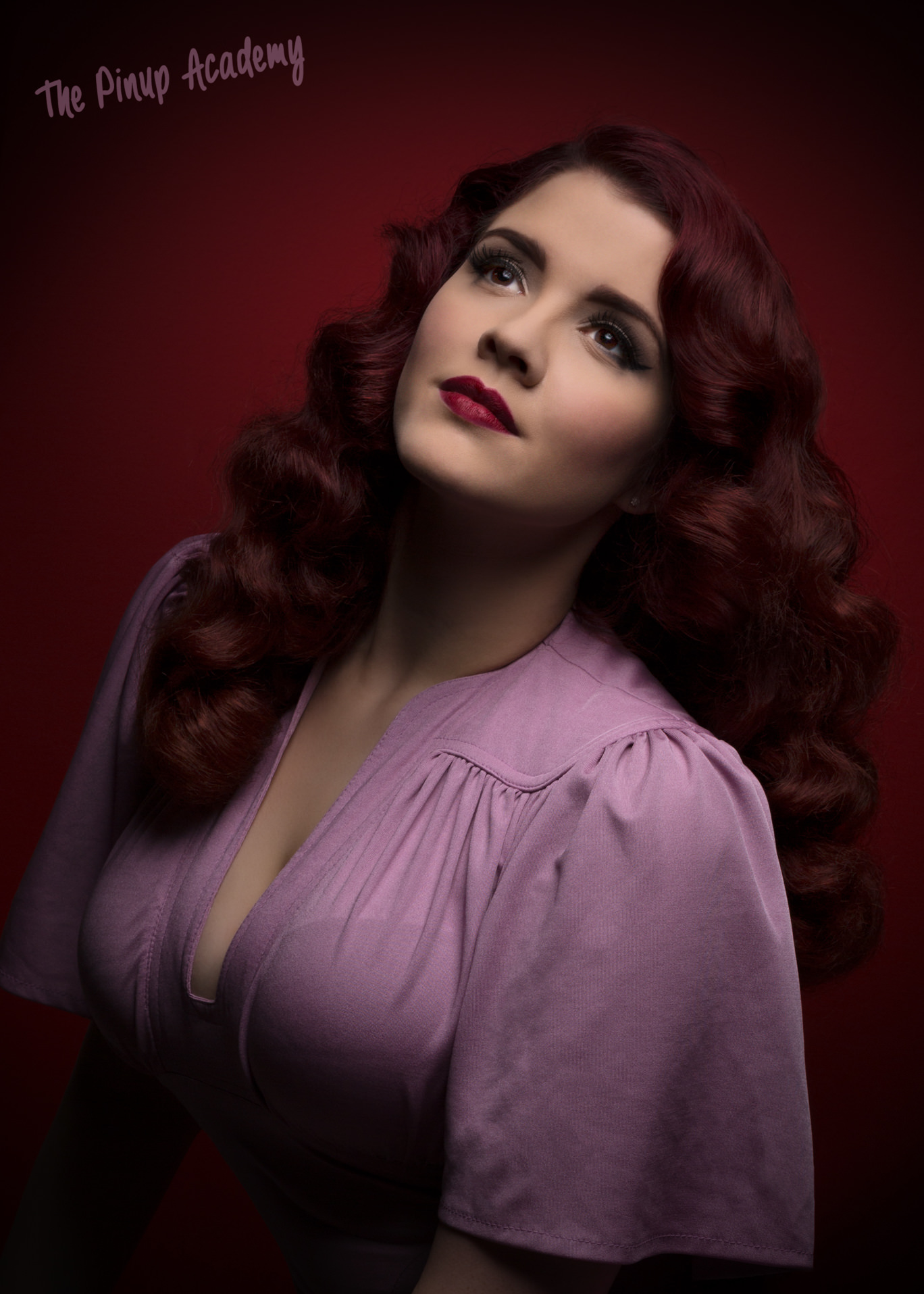 Hollywood glamour traditional pinup